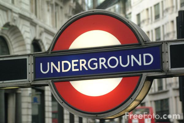 31_34_26---London-Underground-Sign_web