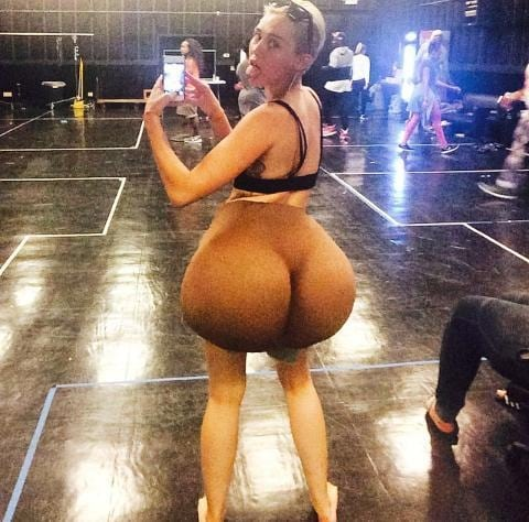 miley-cyrus-with-fake-butt-instagram-miley-cyrus