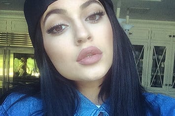 everyone-is-freaking-out-over-kylie-jenners-lips-2-31061-1410793855-21_big