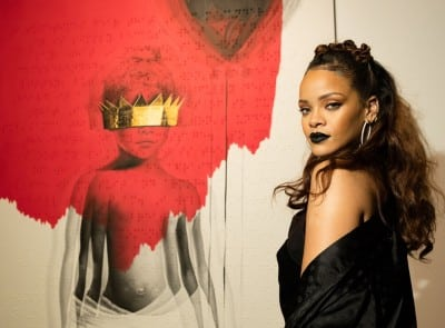 singer-rihanna-rihannas-8th-album-artwork-reveal-anti-mama-gallery-october-7-2015-los_400x295_40