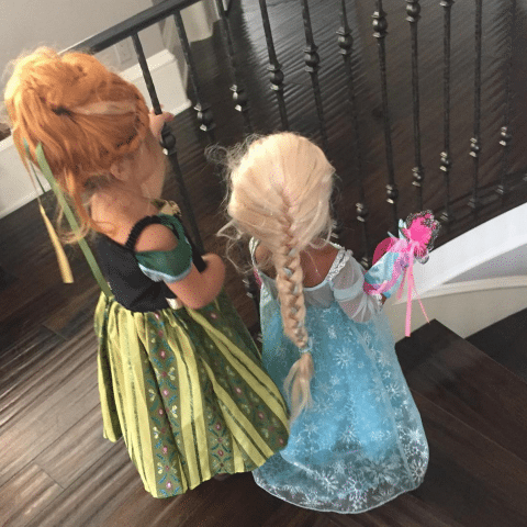 penelope disick and north west (anna and elsa)